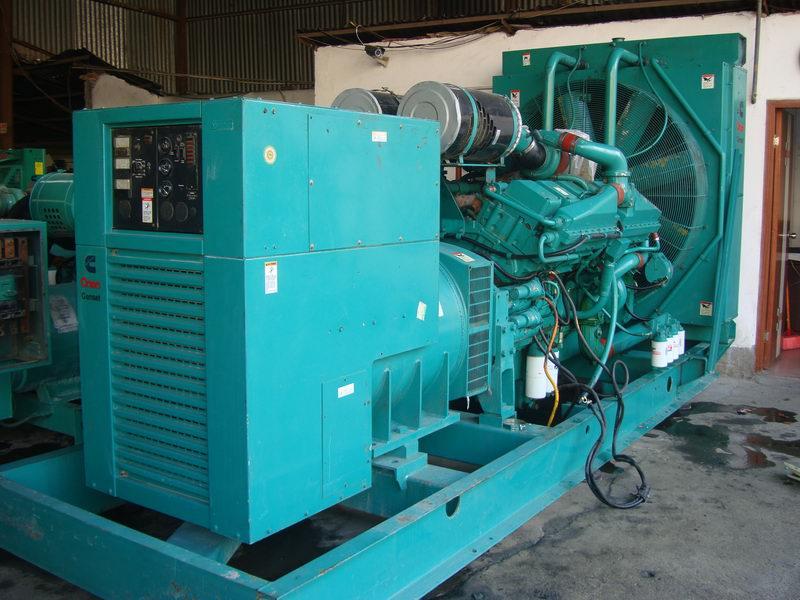880KW康明斯发电机